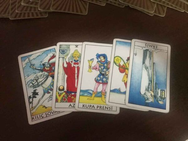 Persian Fale Tarot with Meaning