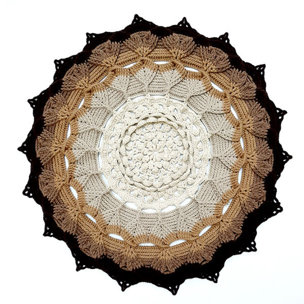 Round Hand Knitted Rug Model Arkano