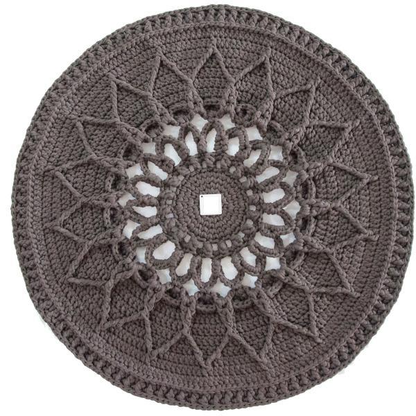 Round Crocheted Hand Knit Rug Model Sun