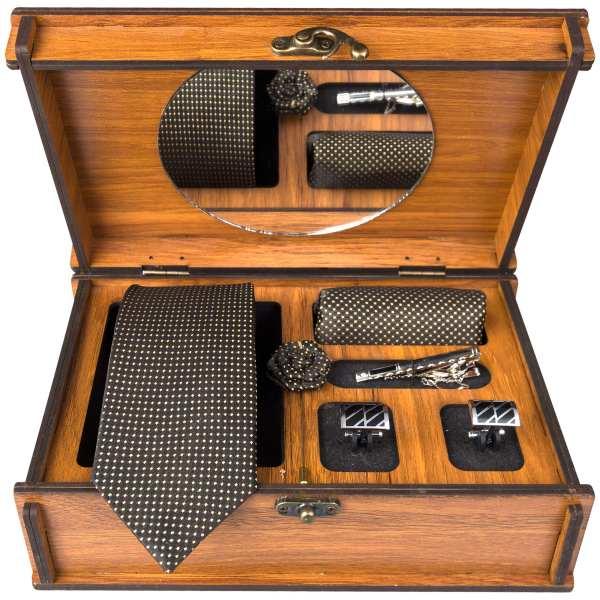 Set of Tie & Handkerchiefs & Cufflinks Model Brown