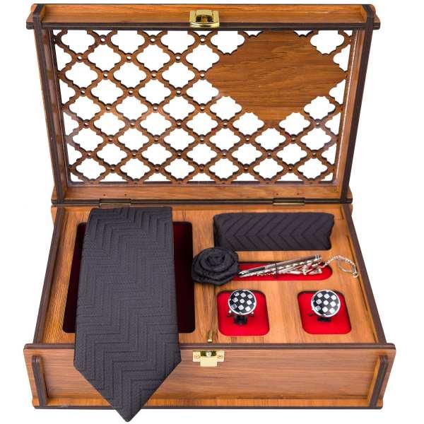 Set of Tie & Handkerchiefs & Cufflinks Model Golin